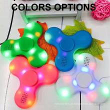 Moda falante Bluetooth Fidget Spinner Fingertip Gyro Hand Fidget Spinner com luz LED