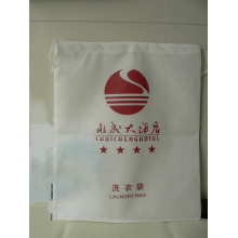 Pull-typed white non woven hotel  laundry bag