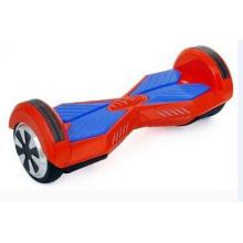 Scooter eléctrico inteligente de color rojo dos ruedas
