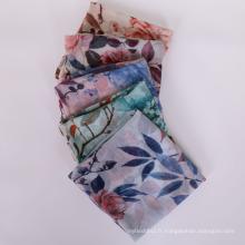 Nouvelle arrivée mode bandes texturé femmes hijab écharpe pas cher en mousseline de soie hijab écharpe châle