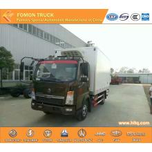 SINOTRUK 4X2 115hp Euro3 6tons refrigerator truck hot sale