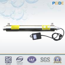Tratamento de água com luz ultravioleta para purificação de desinfecção de água
