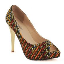 Zapatos de tacón alto de mujer con estampado africano (HCY02-1754)