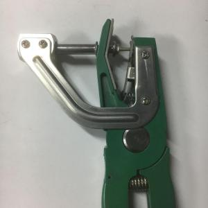 cattle ear tag plier
