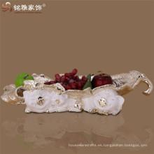 Decoración de Navidad al por mayor de alta calidad de dibujos animados cerdo familia figura platos de fruta