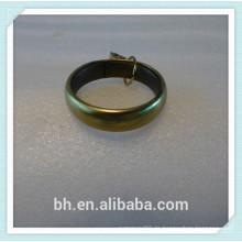 Hängender Vorhang mit Ringen, Vorhang Ring Clip
