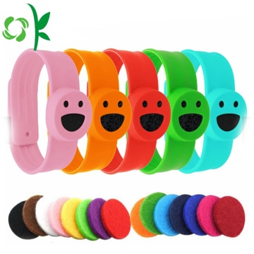 Smile Cartoon Slap Braccialetti anti-zanzara in silicone