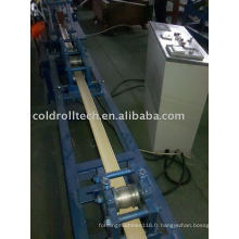 Volet roulant en aluminium de mousse formant la machine
