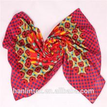 Tissu filé à base de polyester solide filé pour écharpe / tissu de polyester polyester filé pour drapé