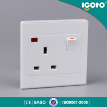 Igoto British Type of Electric Wall Switch with Socket 13A Neon Light