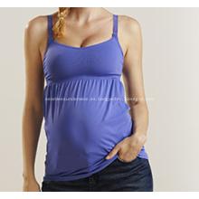 Ropa interior otoño de mujer embarazada parto tocando fondo