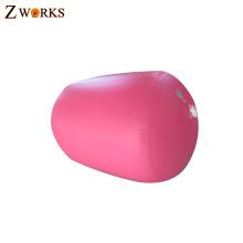 Preço barato seguro e confortável cheerleading barris de ar inflável para fitness