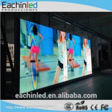 Exposição gigante da iluminação do diodo emissor de luz de WiFi popular em placas de propaganda