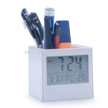 desk clock with pen holder show themperature date year