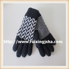 Men's knitted gloves with fleece lining