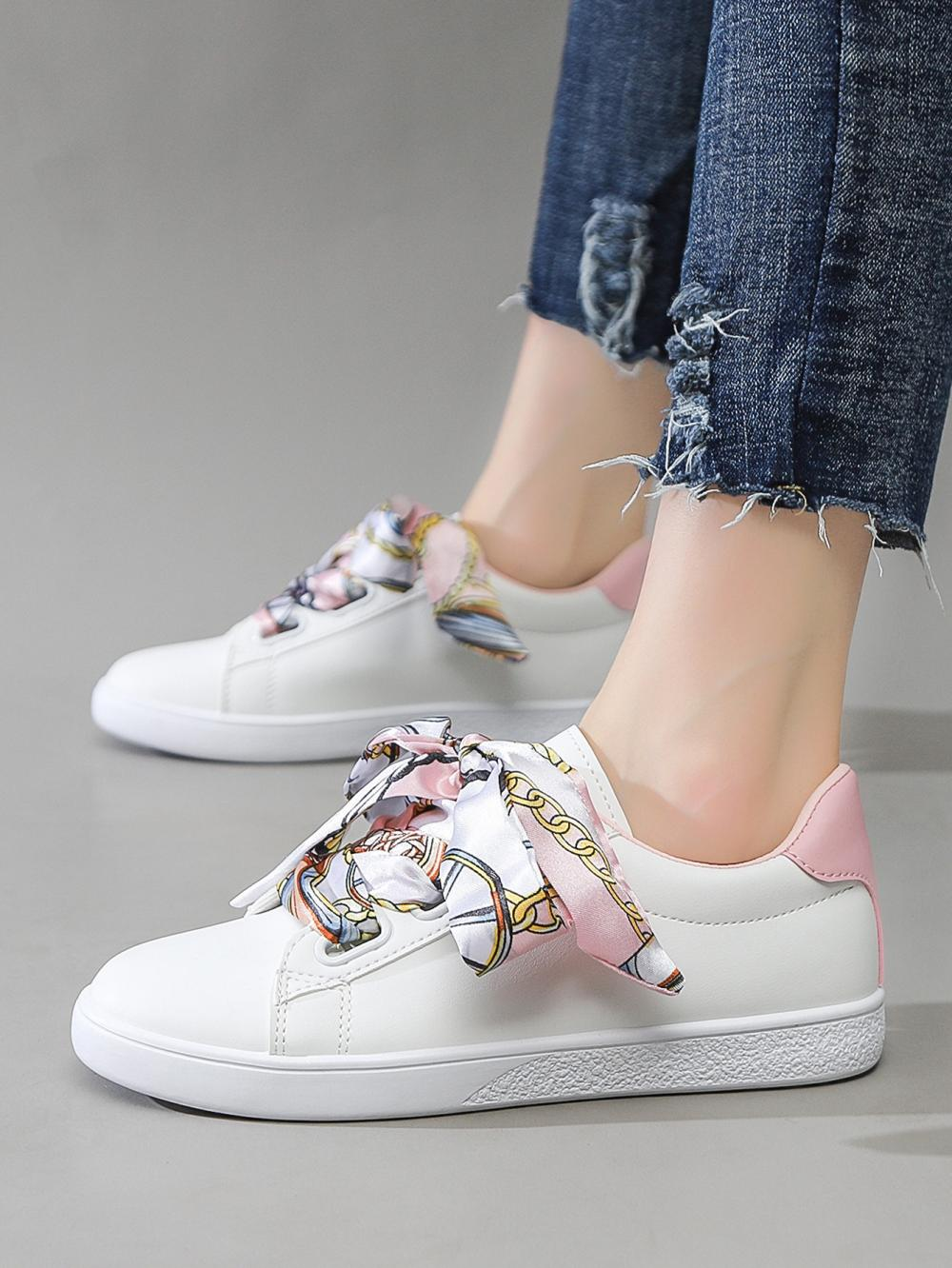 Colorful Lightweight Sneaker Fashion