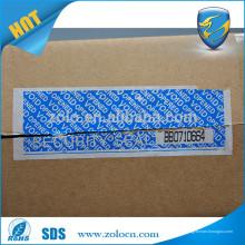 Manipulierbares Sicherheitsband mit Perforationslinie und Seriennummer
