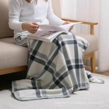 Двухстороннее матовое флисовое одеяло с набивным рисунком