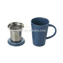 taza de té con filtro de acero inoxidable y tapa
