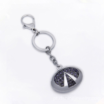Feito de Metal forma chave strass Keychain chaveiros