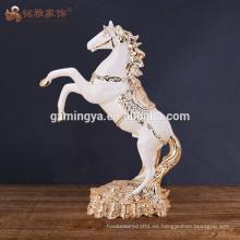 Escultura al por mayor hecha a mano de la estatuilla del caballo del polyresin de las artes