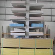 Recubierto en polvo Estante voladizo resistente de almacenamiento en almacén / estante de almacenamiento de madera resistente
