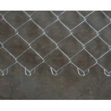 Горячая Окунутая Гальванизированная Загородка звена цепи в 50-80мм отверстие