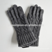 Fashion Ladies Cable Design Knitted Glove Grey Acrylic Winter Gloves