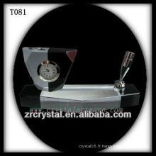 Magnifique horloge en cristal K9 T081