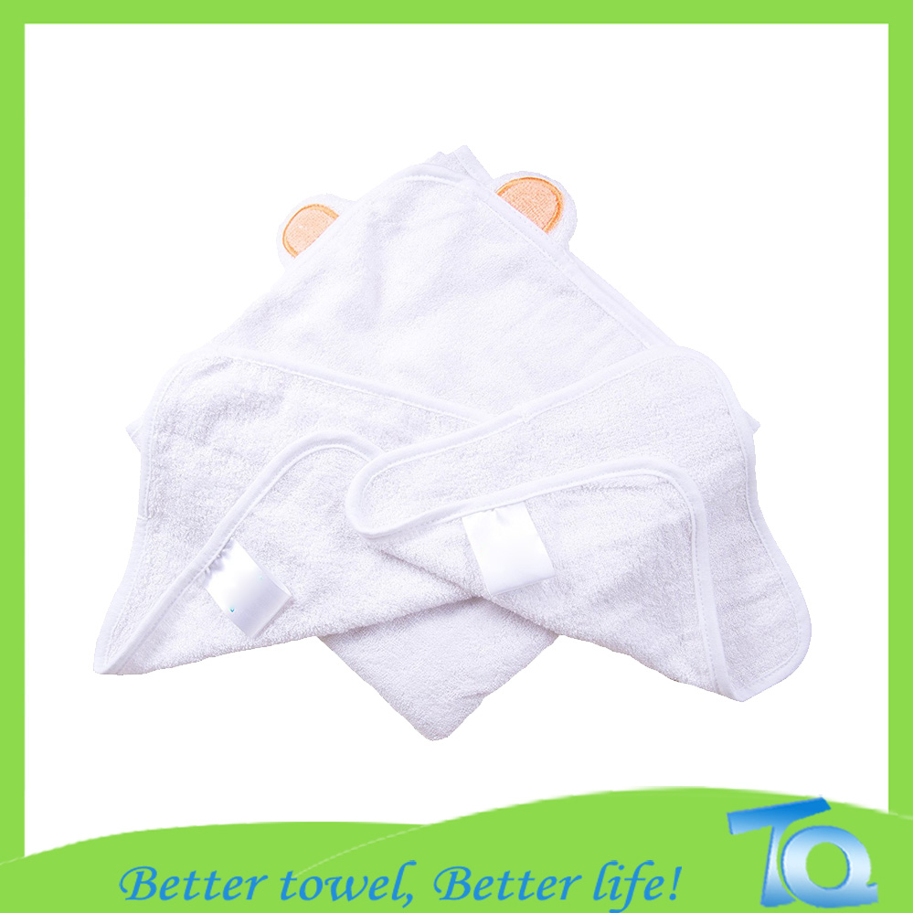 High Quality 100% Bamboo Baby Hooded Towel With Embroidered