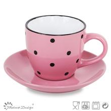 Taza de té y platillo