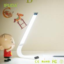 Produtos mais vendidos em alibaba IPUDA bateria levou toque leve com pescoço flexível