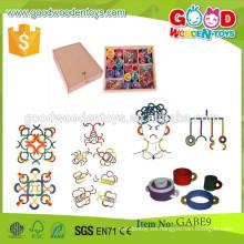 El nuevo diseño gabe juega los juguetes de la caja del tamaño de los 35 * 35 * 8 cm Los cabritos coloridos de madera del OEM empaquetan los anillos