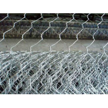 "PVC-Coated Hexagonal Wire Mesh 1/2"" to 2"" for Fencing"
