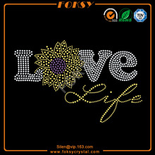 Love flower hotfix motif for tee