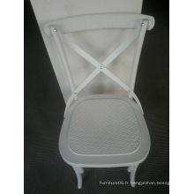 Coutry Style Plastic Cross Back Chair pour la restauration