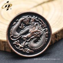 Dragão 3D antigo em relevo pinos de embreagem de borboleta personalizados para atacado