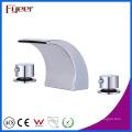 Mezclador del lavabo del canalón de la ducha del baño de la manija doble de Fyeer Sanitary Ware