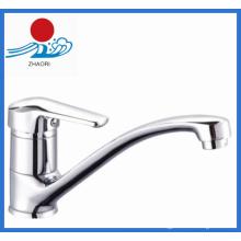 Sinle Handle Горячая и холодная вода кухонный кран (ZR21905)