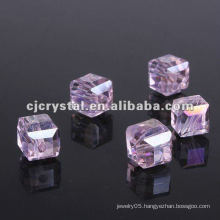 High Quality Cube Glass Beads