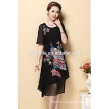 Kundenspezifische Sommer-Damen-Kleidung-Kurzschluss-Hülsen-gesticktes Kleid für Frauen