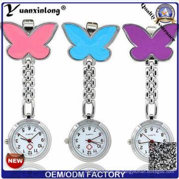 Yxl-957 Großhandelsbrosche-Krankenschwester-Uhr vier Blatt-Metallmedizinische Uhr-nette Wassermelone-Farben-Schmetterlings-Form-Fabrik-Preis