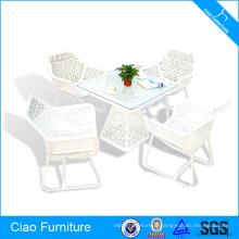 Table basse et chaises de luxe de meubles extérieurs de rotin blanc