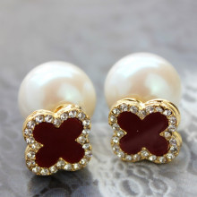 White Pearl Earrings Stud Wholesale