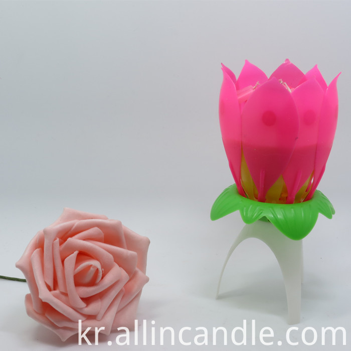 lotus roating candle