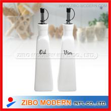 Ensemble de bouteille ronde en céramique de vinaigre d'huile de porcelaine 2PC avec support