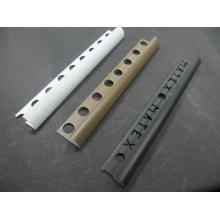 Altura da guarnição da telha em PVC: 10mm