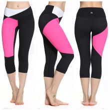 Black and Pink Seamless Sports Capris, Seamless 3/4 Leggings Compression Capris, Seamless Fitness Pants