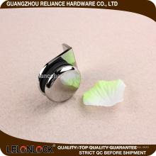 Fuente del fabricante Abrazadera de vidrio de latón con corto plazo de ejecución