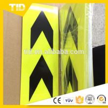Flèche dure Floresent jaune noir autocollant reliant